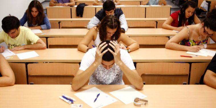 http://www.businessinsider.com/cheating-scandal-at-northwesterns-kellogg-school-2015-11