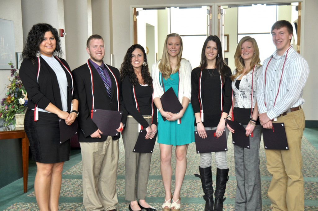 ref: http://news.niagara.edu/eleven-students-inducted-into-communication-honor-society/